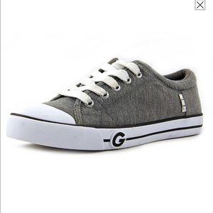 GUESS Fashion Tennis Shoe. Size 10.